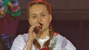 Liza Sučić u nošnji na festivalu u Krapini 2018.
